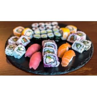 """Суши сет """"Осака"""" - 37 хапки"""